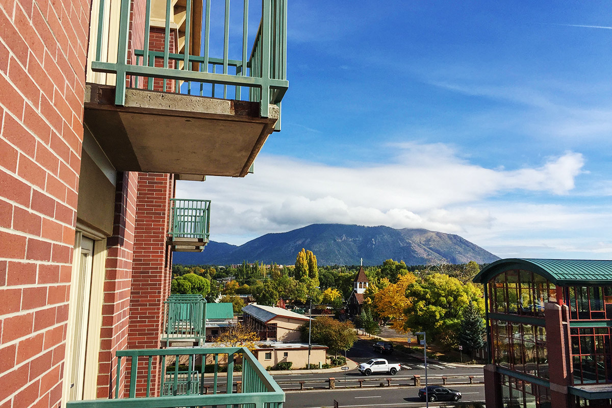 Flagstaff-Skyline-Chris-Tingom-Copyright-2015-Places-To-See-in-Arizona