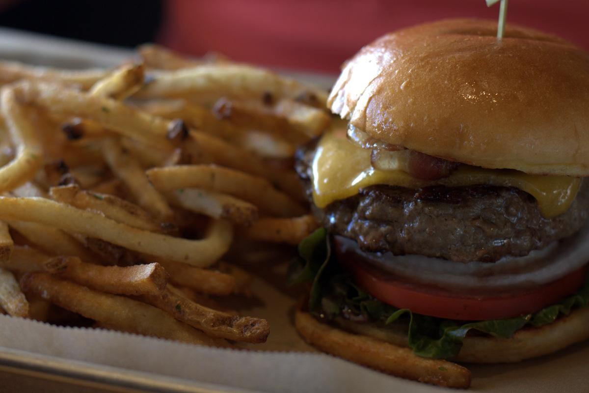 hopdoddy-burger