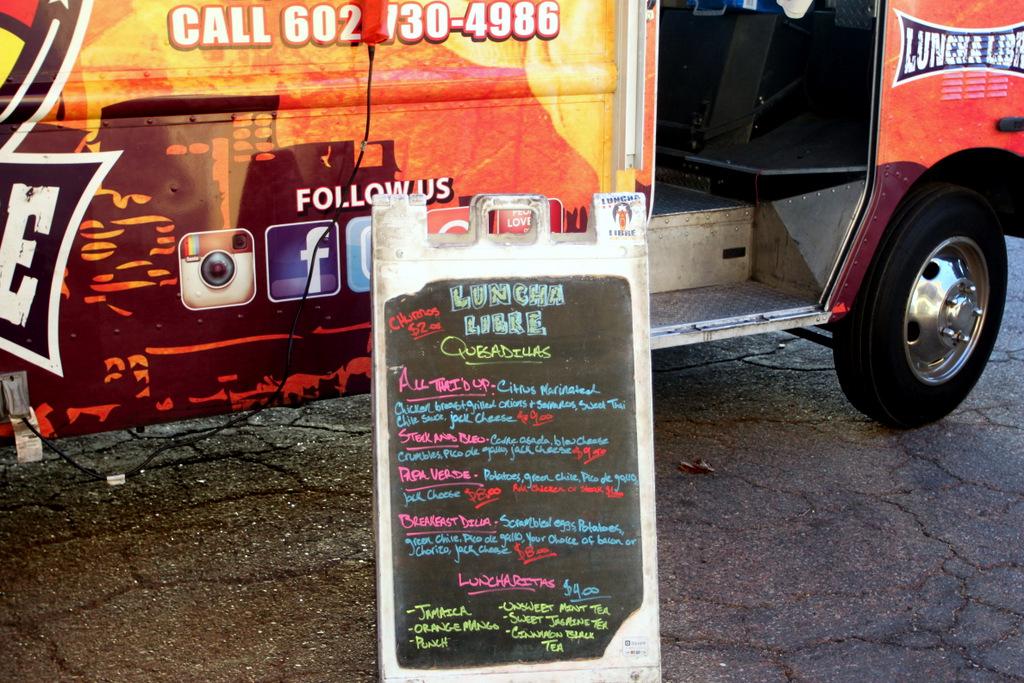 luncha-libre-food-truck-menu