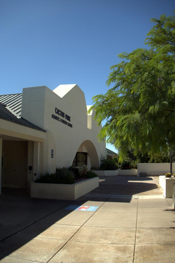 cactus-park-entrance