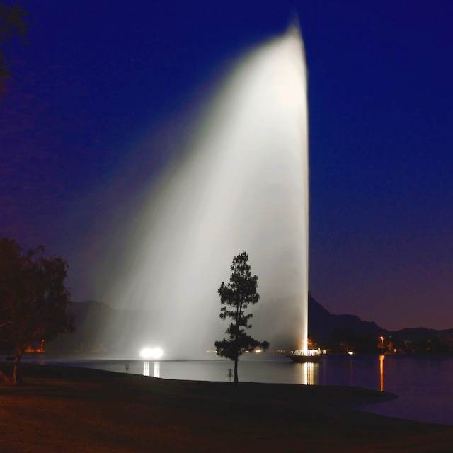 fountain-hills-at-night